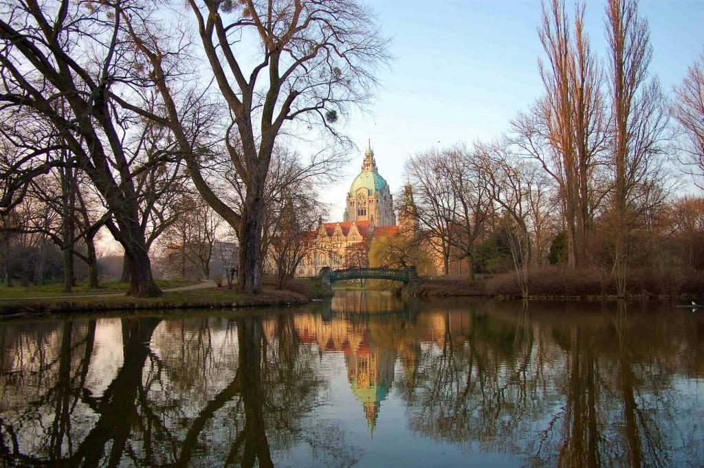 Style Hannover Orte Rathaus Herbst Tilo Schwarz 1024x681 - Nicht verpassen: Hannovers Palast