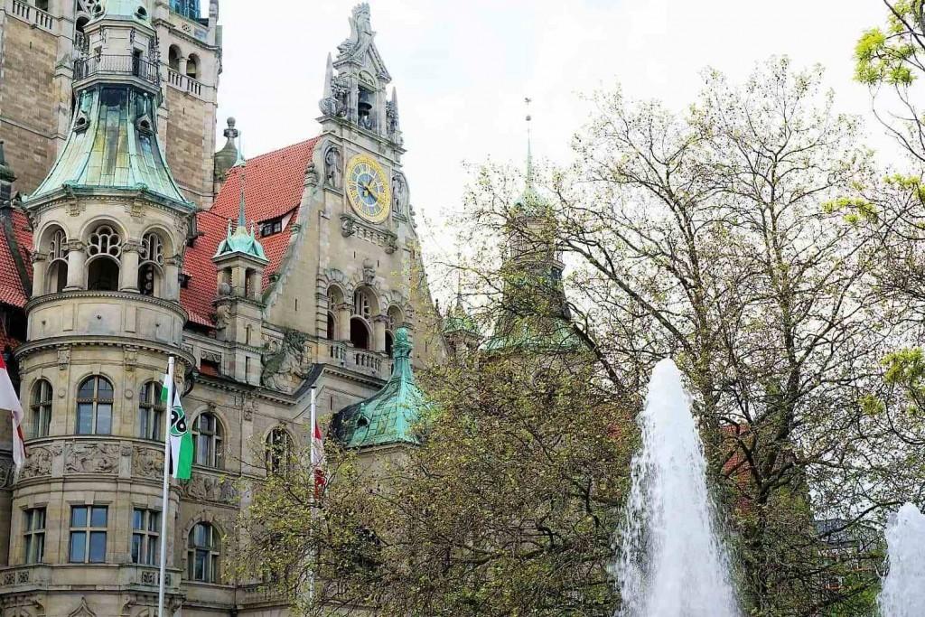 style hannover roter faden neues rathaus 1024x683 - Auf dem ROTEN FADEN durch Hannover