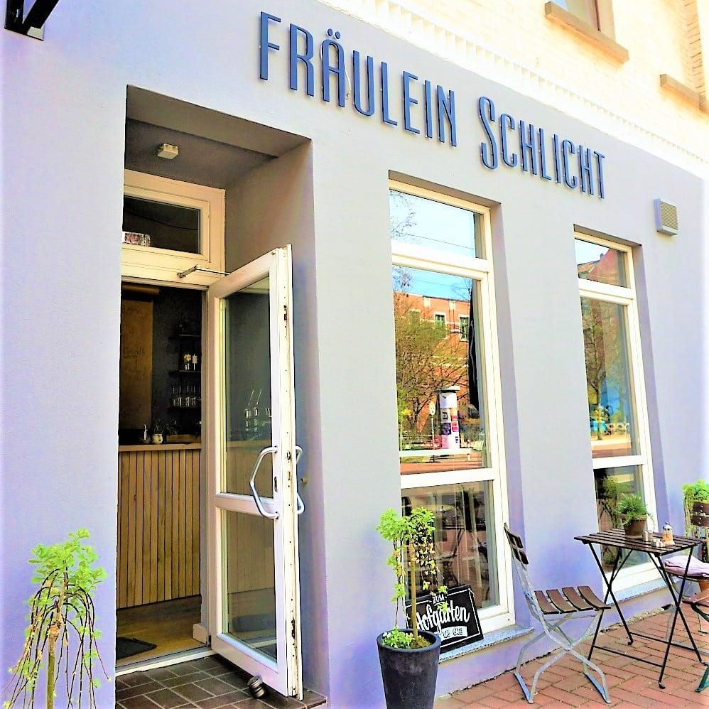 Style Hannover Fräulein Schlicht 11.1 - Fräulein Schlicht: Von der Steuerfachangestellten zur Café-Besitzerin
