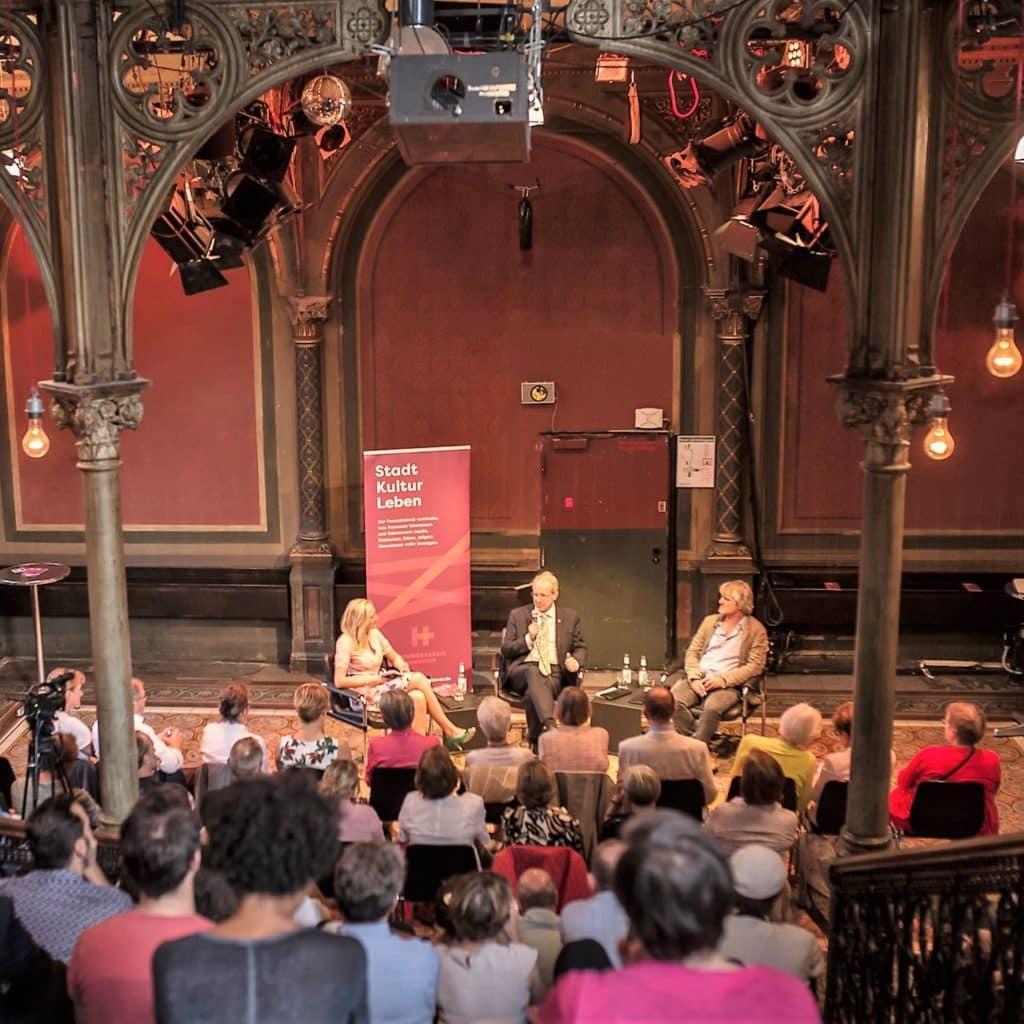 style hannover freundeskreis hannover diskussionsrunden ©HannahJung 1024x1024 - Freundeskreis Hannover e.V.