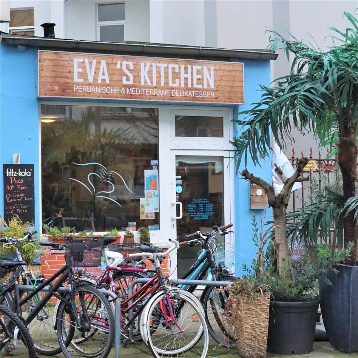 Style Hannover Evas Kitchen 1 - Support your locals