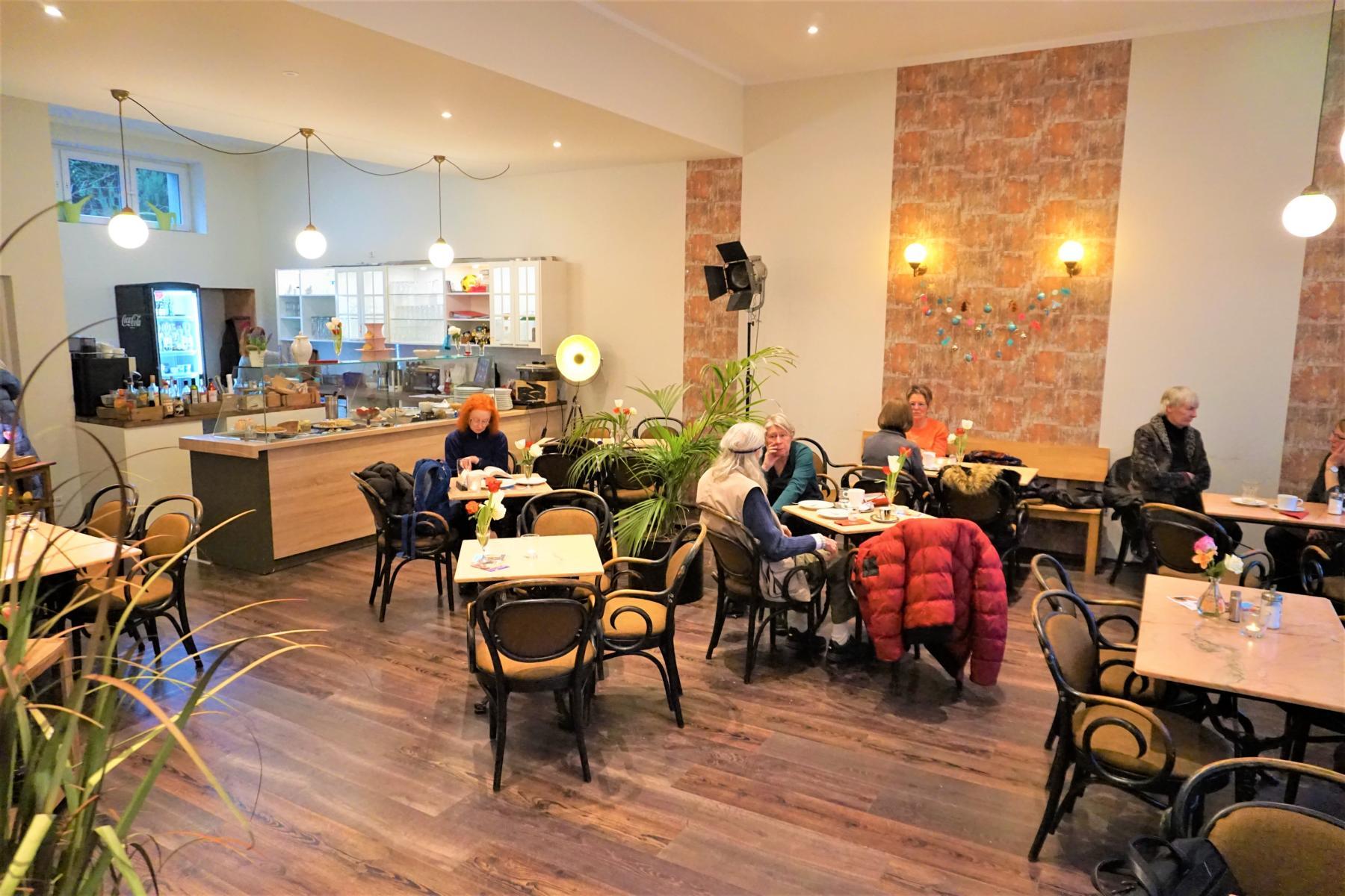 Style Hannover Café Lohengrin B - Café Lohengrin = Kleines Kulturzentrum