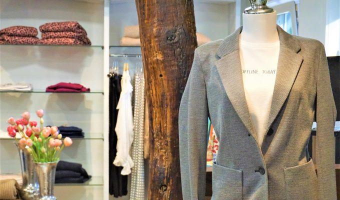 Style Hannover stellt Jacket bei Heitmüller im Obergeschoss vor.