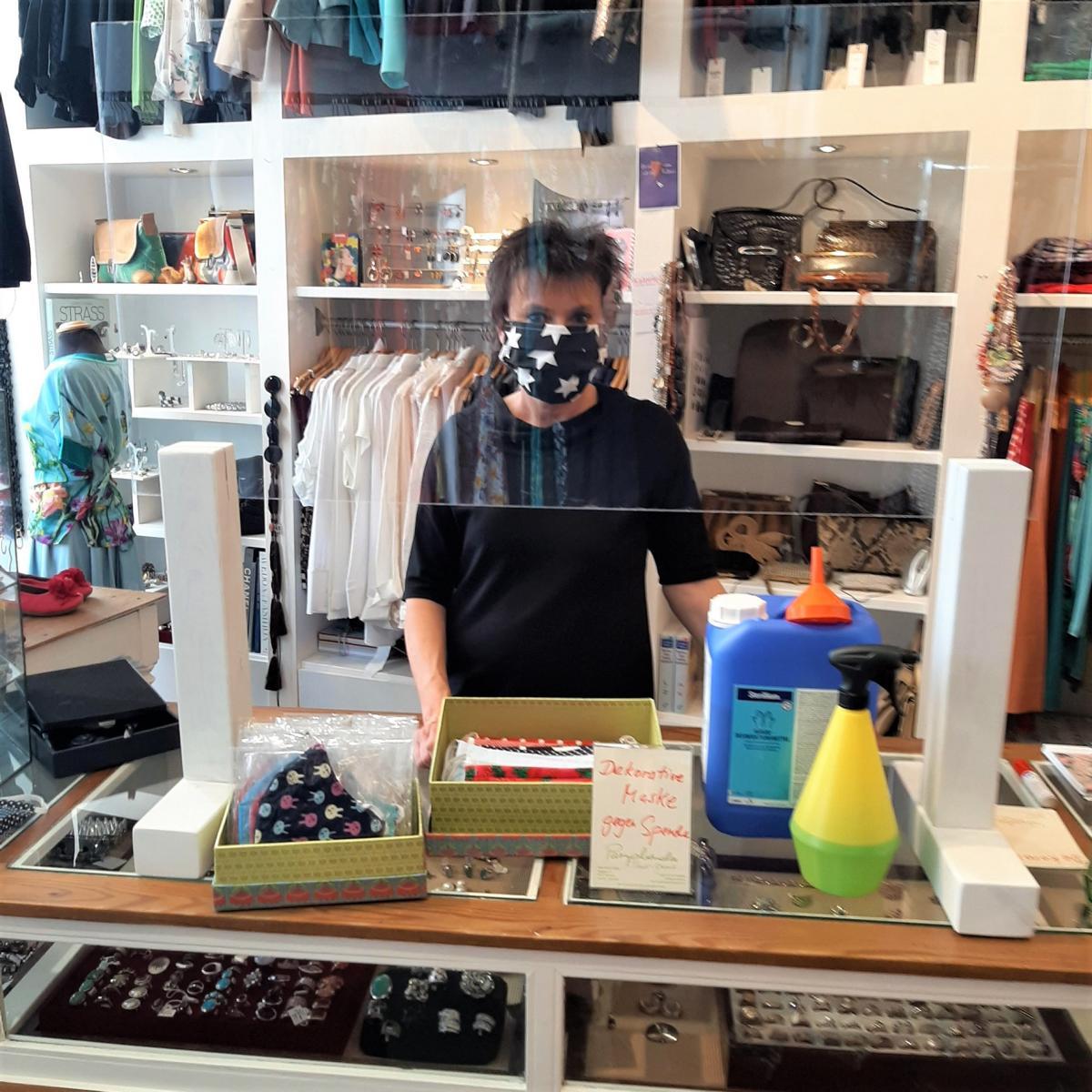 Style Hannover Paraphernalia Masken - Stylische Maske gesucht?
