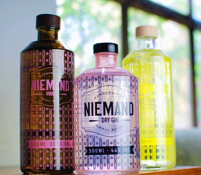 Style Hannover Niemand Gin 1 642x560 - NIEMAND - Spirituosen mit Stil aus Hannover