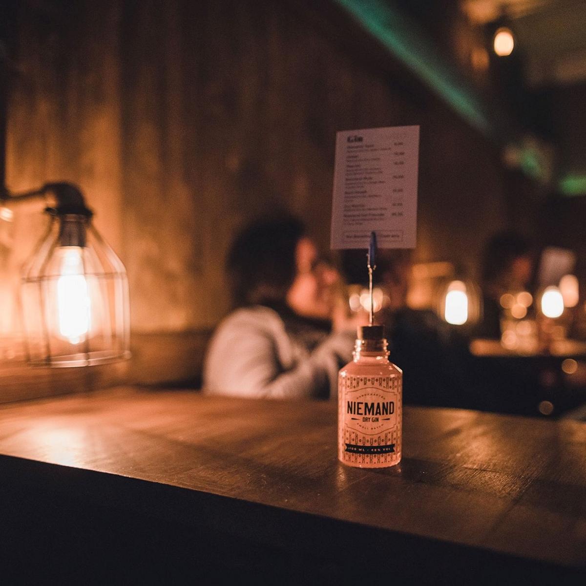 Style Hannover Niemand Gin 7 - NIEMAND - Spirituosen mit Stil aus Hannover