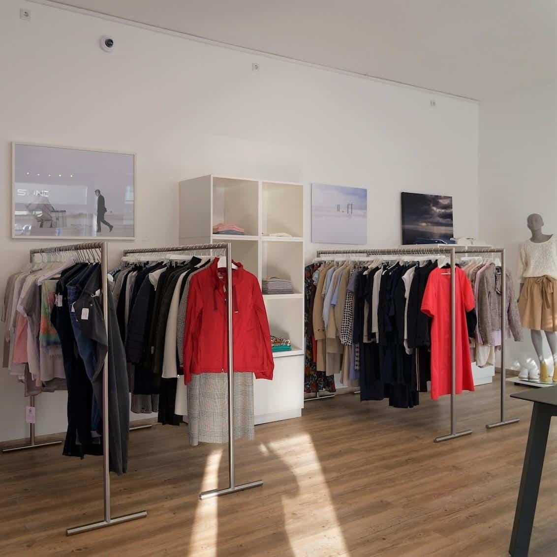 Style Hannover Standart 3 - STANDART FINEST WOMEN'S CLOTHING & ART