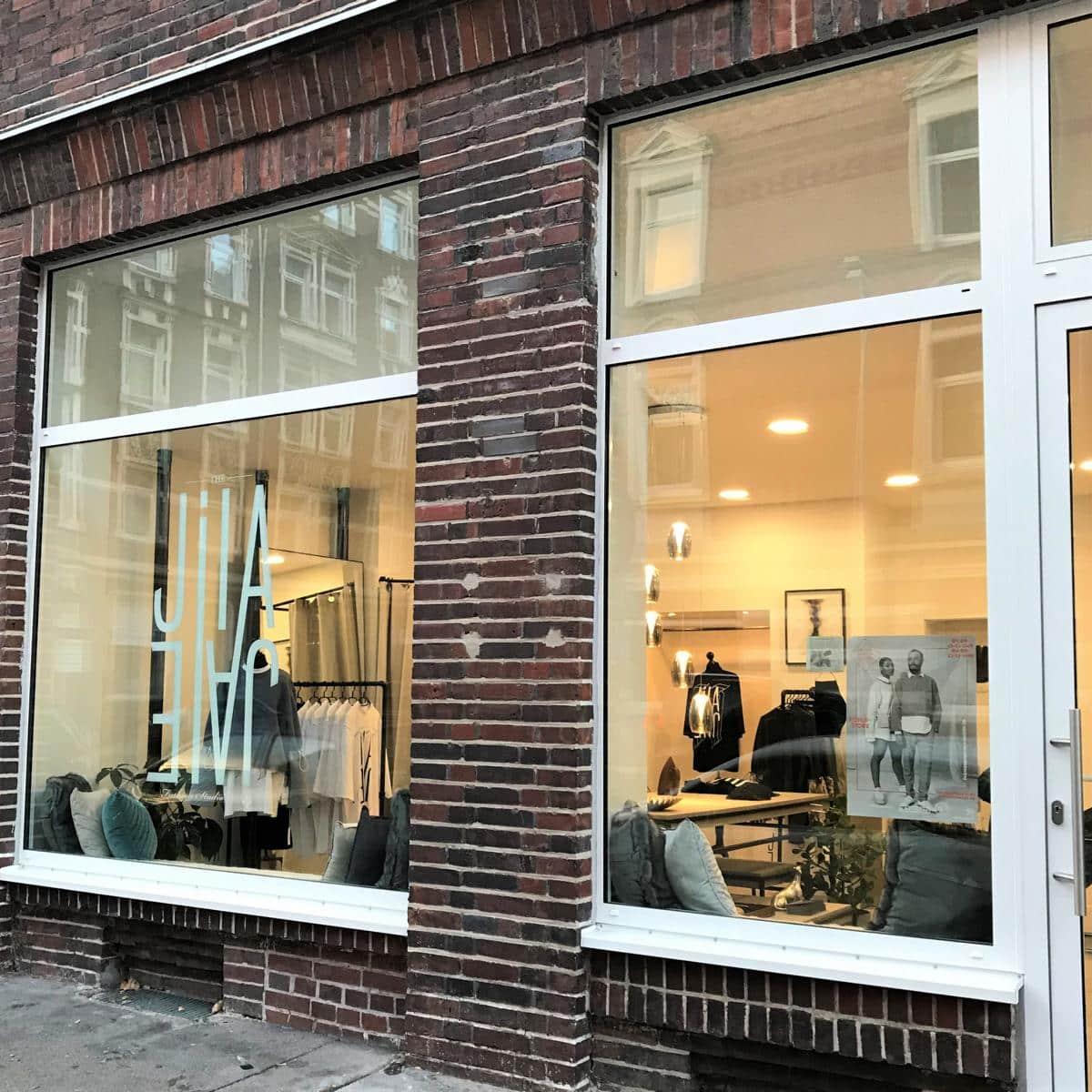Style Hannover JILAJALE Store aussen - JILAJALE Fashion Studio & Store – Outfits mit Limit in Linden