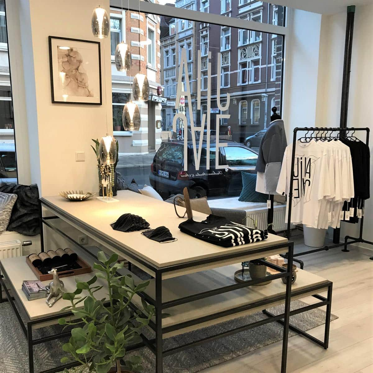 Style Hannover JILAJALE Store - JILAJALE Fashion Studio & Store – Outfits mit Limit in Linden